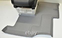 Mercedes Sprinter W906 Crafter Einzelsitz Fußmatte Bodenbelag rechts A9066842702